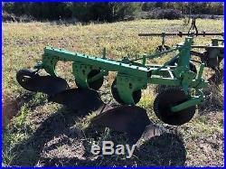 John Deere 3 X 16 F135 Moldboard Plow
