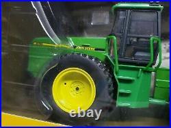 John Deere 8760 4wd Tractor 2010 Plow City Farm Toy Show By Ertl 1/32 Scale
