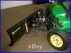 John Deere GATOR 4X4 850D, HYD Snow Plow, Heated Cab, Hyd Dump Bed