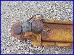 John Deere JD Tractor plow disk implement hydraulic lift cylinder with pins & coup