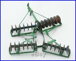 Vintage John Deere Die Cast Tractor Plow Green 1/16 Scale Model 8 Long